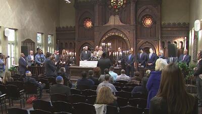 Líderes religiosos realizan una vigilia en memoria de las víctimas de Pittsburgh