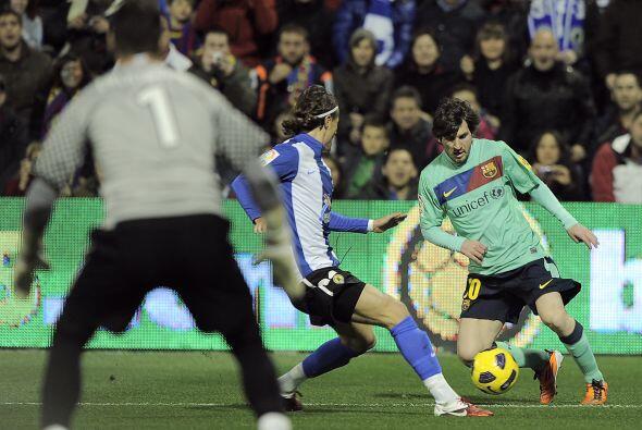 'La Pulga' Messi comenzó a 'hacer de las suyas' y el Barcelona mejoró.