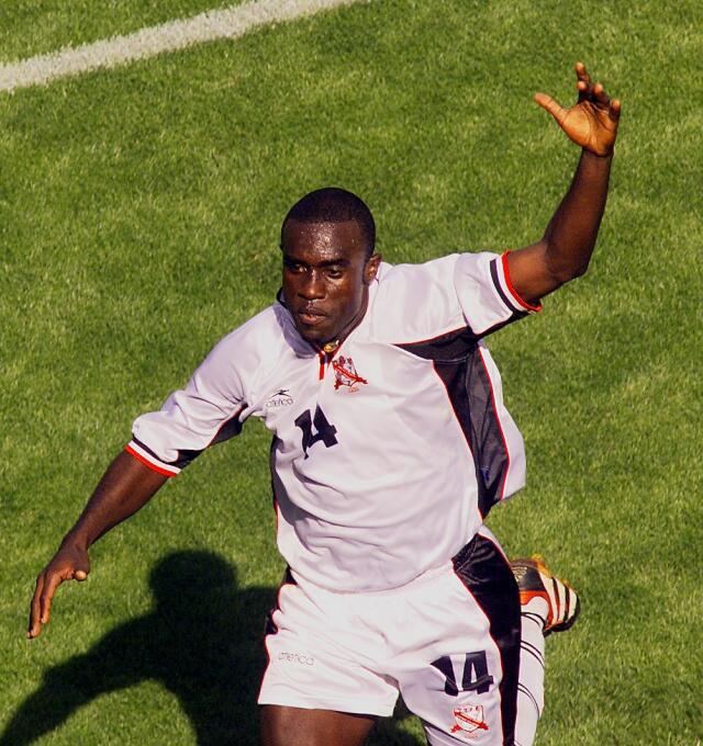 Los goles de infarto en la historia de la Copa Oro 09.jpg