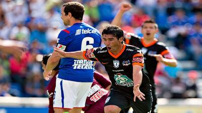 Pachuca derrotó a Cruz Azul por 1-0