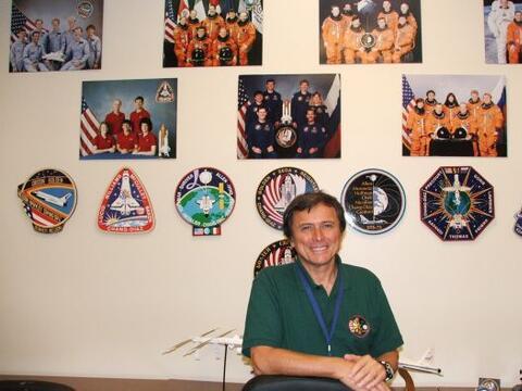 El costarricense Franklin Chang Díaz es el segundo astronauta lat...