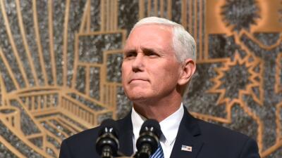 Mike Pence postergó su viaje a Medio Oriente hasta enero.