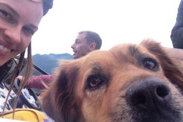 Ella y su perro Karoo son inseparables.