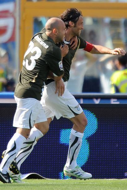 Pero el gusto duró poco ya que Stefano Mauri volvió a darle la ventaja a...