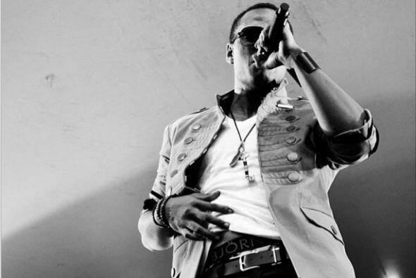 Imagínate el sabor cubano de Pitbull, el ritmo boricua de Wisin y el son...