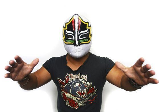 Mascarita Sagrada es un luchador-mini mexicano que debutó profesionalmen...