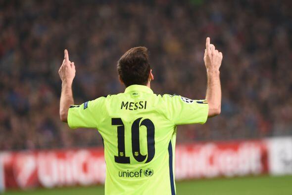 Messi que estuvo en plan grande y alcanzó el récord de Ra&...