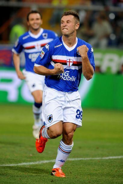 El goleador Antonio Cassano adelantó a la 'Samp' por medio de un penalti.