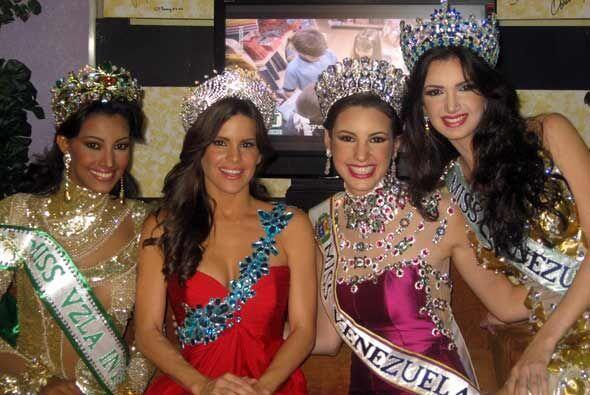 Poker de reinas. Greydis junto a las tres mujeres más bellas de Venezuela.