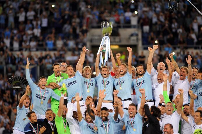 S.S. Lazio (Equipo): Mussolini se declaró fan del equipo y desde entonce...
