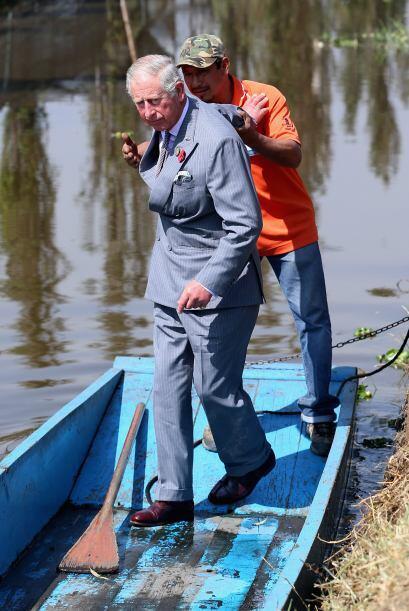El príncipe Carlos de Gales conoció todo acerca de la siembra prehispáni...
