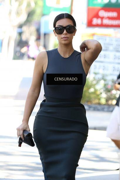 Kanye la dejó solita y los paparazzi aprovecharon la oportunidad.