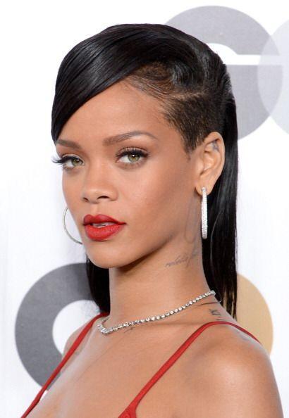 Tan famosos son los labios de Rihanna, que la han llevado a colaborar co...