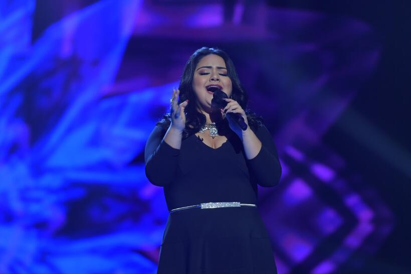 Sandra Padilla se robó el show y más ovaciones en los en vivo de La Rein...