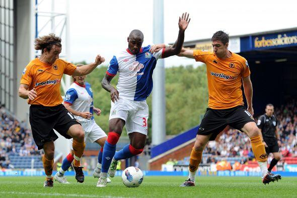 En otro de los partidos, Wolverhampton venció 2 a 1 al Blackburn Rovers.