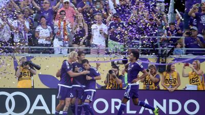Kaká celebra su gol del triunfo ante D.C. United