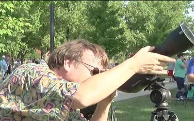 Eclipse solar, toda una fiesta en Carbondale