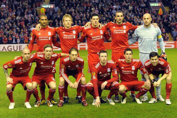 Por su parte, el Liverpool se jugaba su futuro en este torneo ante el Sp...