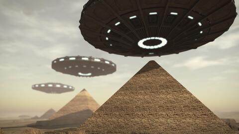 Pirámide Aliens