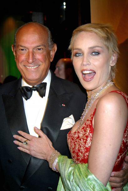 De la Renta y Sharon Stone compartieron más que amor por la moda....