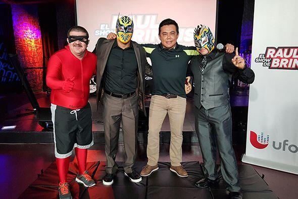 Kalisto y Sin Cara de WWE Smackdown estuvieron en el show de Raul Brindis.