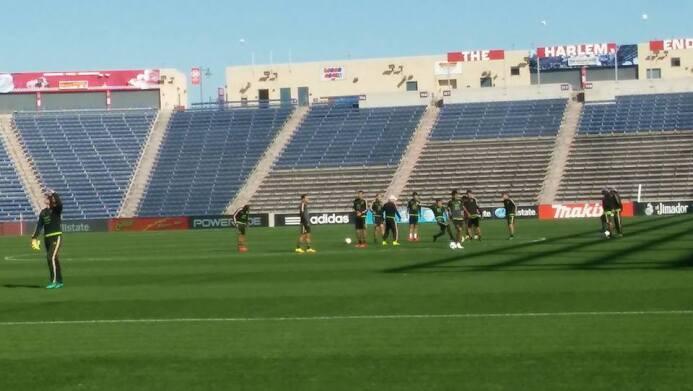 El Tri de México entrenó este lunes de cara al partido amistoso contra P...