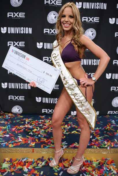 No podía faltar la ganadora de ustedes, la cafetera Paola Corvea, elegid...