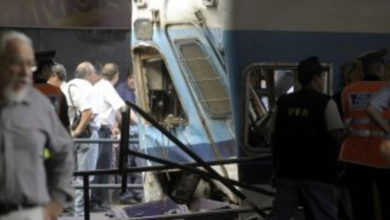 El cuerpo de la víctima estaba en el fuelle que separa el tercer y cuart...
