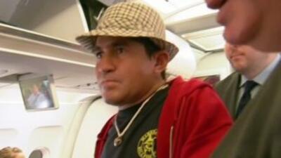 El náufrago salvadoreño regresa finalmente a casa