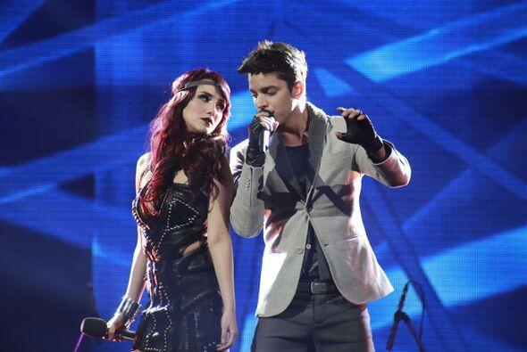 Ella cantó con José Enrique Poyato.