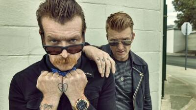 Jesse Hughes y Joshua Homme, integrantes de la agrupación Eagles of Deat...