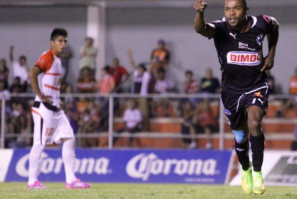 """La """"Pandilla"""" cuenta con 1 jugador con doble nacionalidad (EEUU-México),..."""