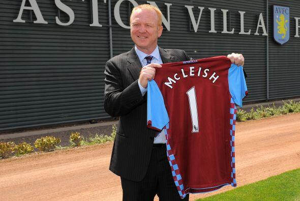 El Aston Villa, que ahora es dirigido por el entrenador Alex McLeish, en...