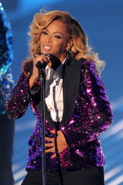 'Bey' subió al escenario y se mostró llena de energía luciendo tan orgul...