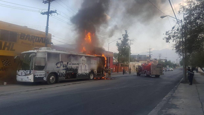 El autobús del grupo Palomo se incendió llegando a Monterrey