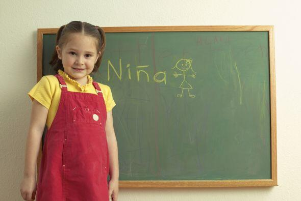 Ser bilingüe: un regalo. Si tu hijo logra dominar el español, crecerá sa...