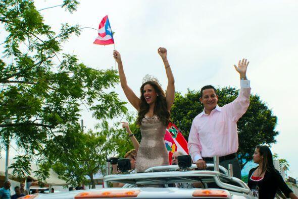 Un desfile por la Isla del Encanto fue otra de las actividades para la r...