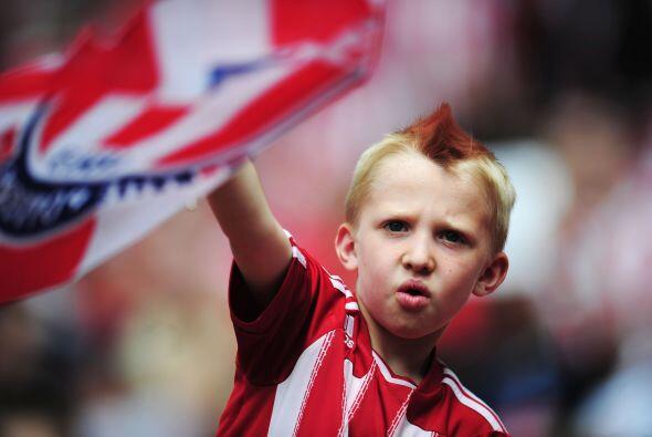 Un pequeño aspirante a 'Holligan' del Stoke City.