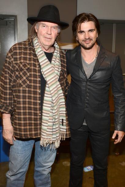 El orgullo latino, Juanes, estuvo con Neil Young, toda una leyenda del r...