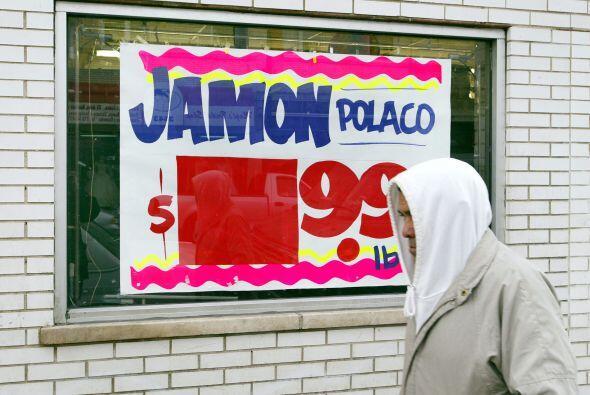 Aproximadamente 5.7 millones de latinos elegibles y sin seguro tienen in...