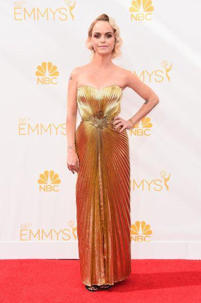 Taryn Manning quiso presumir la tendencia metalizada con ese vestido Aza...