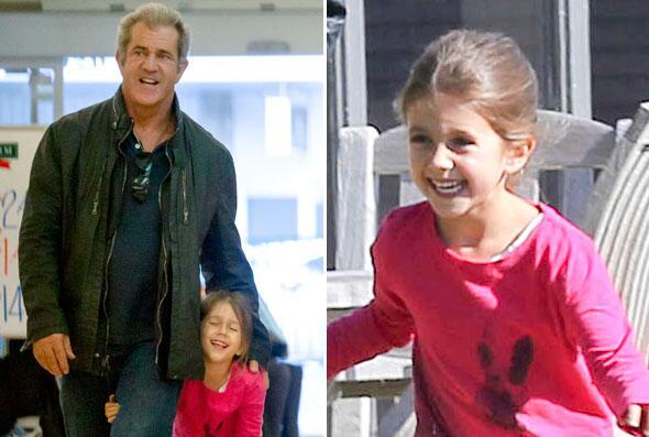 Mira a Mel Gibson con su nena.