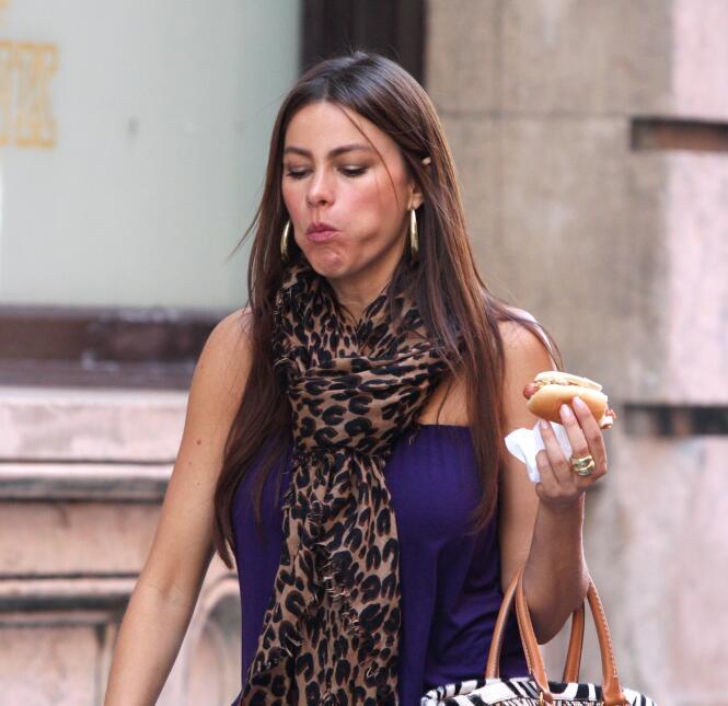 Sofía eating