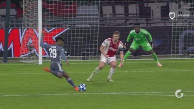 Regalito de De Jong y Coman anota el tercero del Bayern