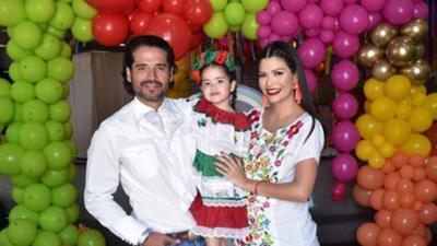 En fotos: así disfrutó 'Baby Giulietta' de su fiesta a la mexicana (fotos)