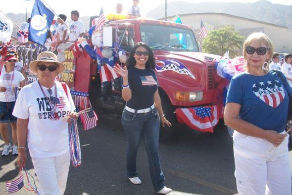 Entre quienes participaron en el desfile encontramos al departamento de...