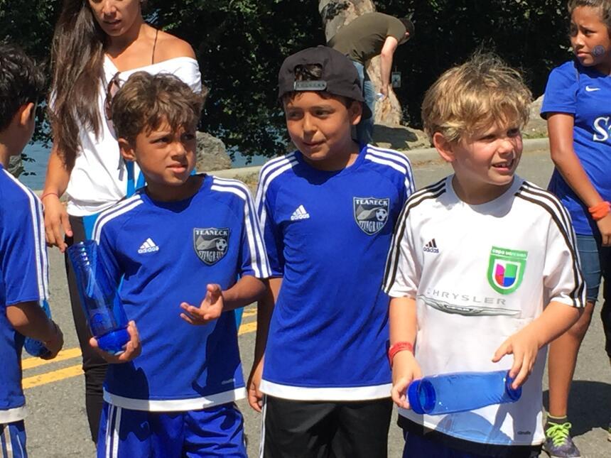 Los niños dijeron que el fútbol es amistad
