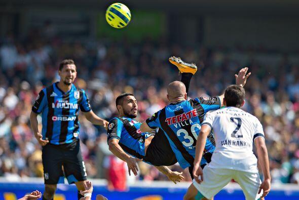 Miguel Ángel Martínez y Emanuel Villa intentaron todo tipo de recursos p...