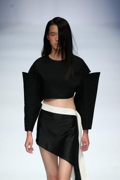 La asimétrica lateral es una prenda que se convirtió en un verdadero 'bo...