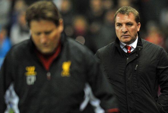 Duro golpe para los hombres de Brendan Rodgers (derecha).